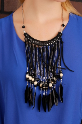 Siyah ve Gri Zincir Tasarımlı Tüy Detaylı Bayan Kolye-BKO1459
