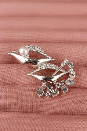 Gümüş Parlak Taşlı Dudak Tasarımlı Bayan Broş