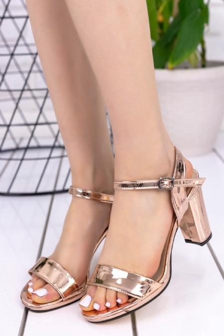 Tanya Bakır Rugan Topuklu Ayakkabı-6699