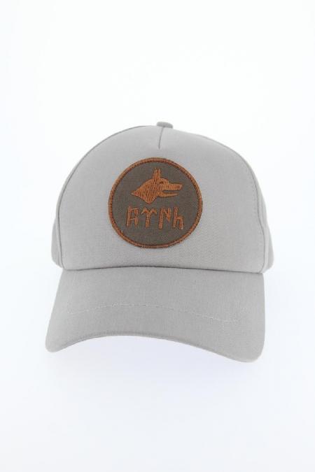 Gri Renk Bozkurt Tasarımlı Şapka-SPK101