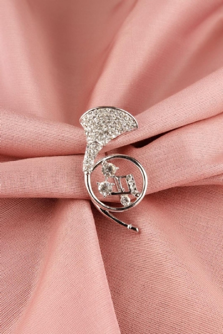 Gümüş Saksafon Figürlü Parlak Taşlı Bayan Broş-BRS118